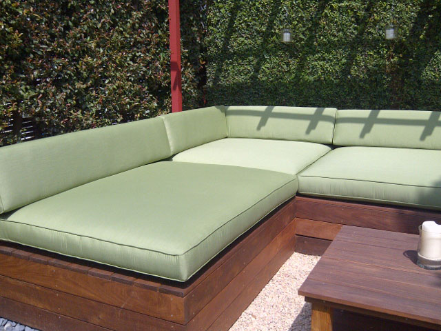 When Ing Patio Cushions In Los Angeles You Should Also Consider Cushion Filling Go For Firm Foam Because It Is Durable And